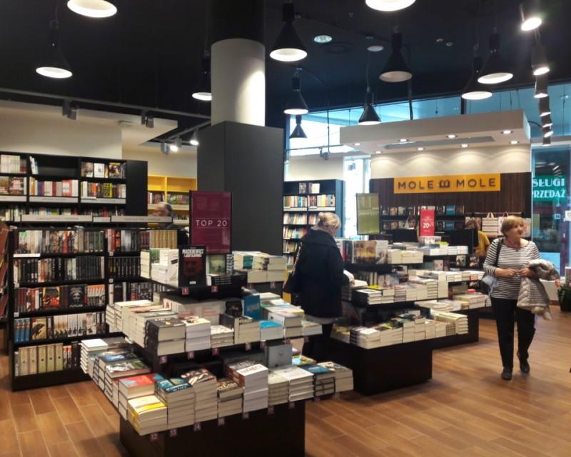 Mole Mole bookshop